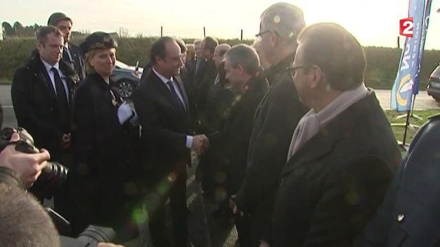François Hollande en déplacement avec Xavier Bertrand dans le Nord