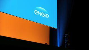Présentation du nouveau nom de l'ex GDF-Suez, Engie, en 2015. (ERIC PIERMONT / AFP)