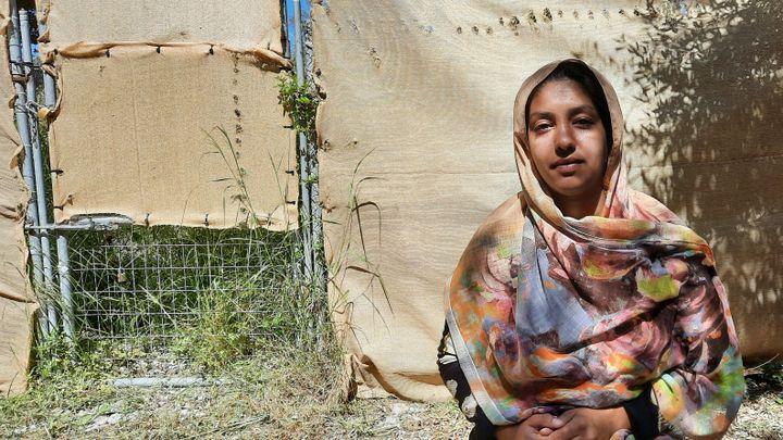 Fatima, une jeune migrante afghane. (BENJAMIN  ILLY / RADIO FRANCE)