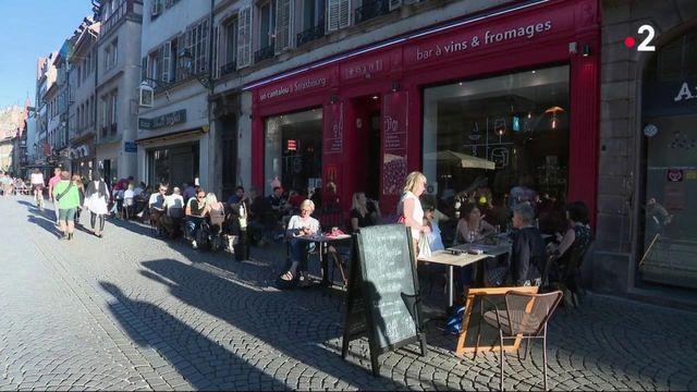 Strasbourg : les bars proposent d'offir un verre aux soignants