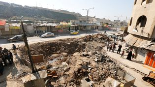 A Mossoul, le 3 février 2017, où la vie reprend peu à peu dans les quartiers libérés de l'Etat islamique (AHMED SAAD / REUTERS)