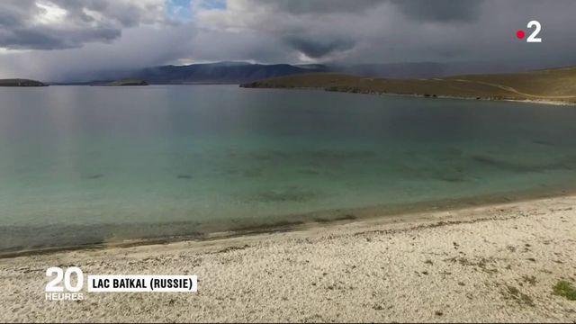 """Lac Baïkal : la """"perle de Sibérie"""" menacée"""