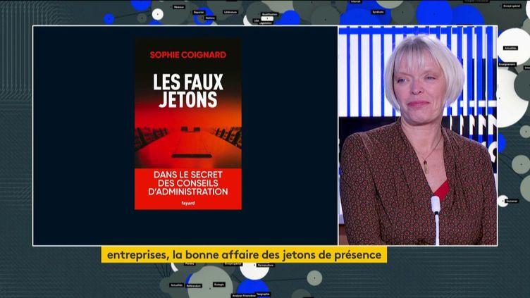 """Sophie Coignard et son livre """"Les faux jetons"""" (FRANCEINFO)"""