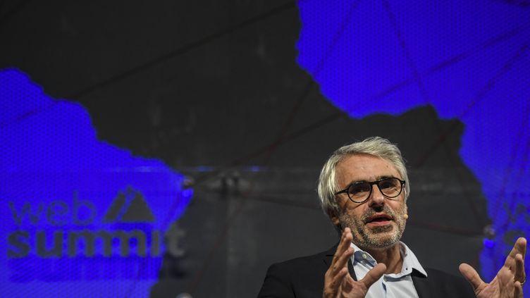 """Pascal Saint-Amans, directeur fiscal de l'OCDE, salue cet accord """"historique"""", sur franceinfo, vendredi 8 octobre 2021. (PATRICIA DE MELO MOREIRA / AFP )"""
