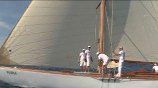 Saint-Tropez : à la découverte de la bataille des voiliers (FRANCE 2)