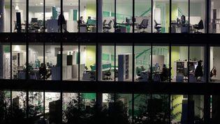 Un immeuble de bureaux ou se côtoient des salariés. (MAXPPP)