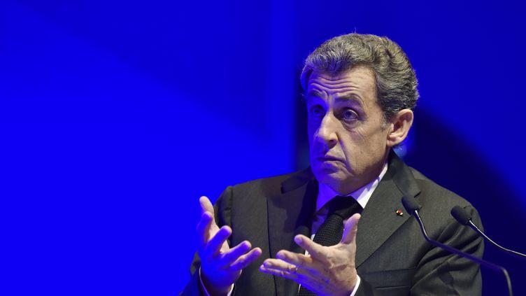 """En 2005, Nicolas Sarkozy, alors ministre de l'Intérieur, avait déclaré : """"Dès demain, on va nettoyer au Kärcher la cité [la cité des 4 000, à La Courneuve]."""" (ALAIN JOCARD / AFP)"""