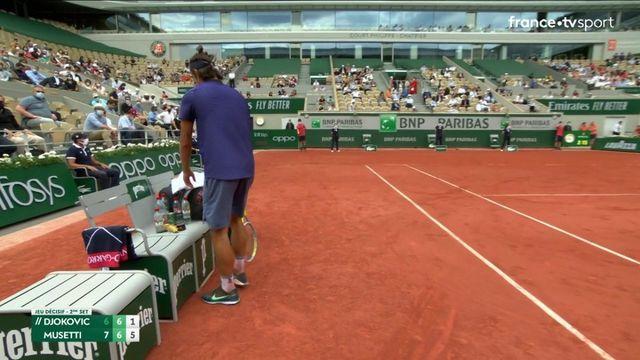 1/8 de finale : revivez le tie-break du deuxième set entre Lorenzo Musetti et Novak Djokovic