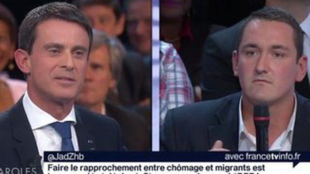 DPDA : échange tendu entre Valls et un membre du public