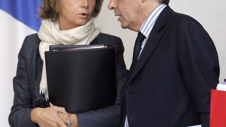 Valérie Pécresse et François Fillon le 26 octobre 2011 à Paris. (PATRICK KOVARIK / AFP)