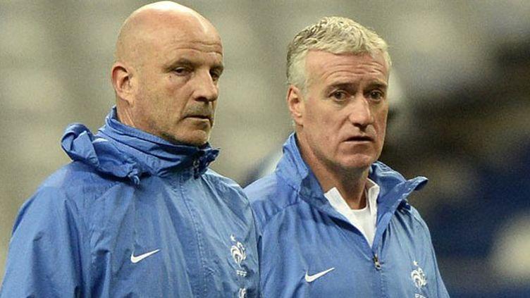Guy Stéphan est l'adjoint du sélectionneur des Bleus, Didier Deschamps. Les deux hommes travaillent de concert au quotidien.