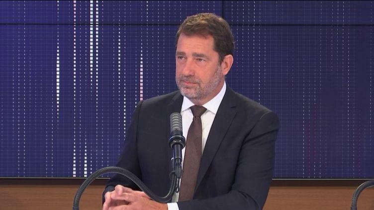 """Christophe Castaner, président du groupe LREM à l'Assemblée nationale était l'invité du """"8h30 franceinfo"""", jeudi 18 mars 2021. (FRANCEINFO / RADIOFRANCE)"""