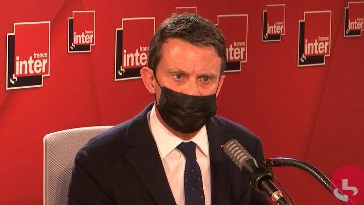 L'ancien Premier ministre Manuel Valls, le 22 mars 2021 sur France Inter. (FRANCEINTER / RADIOFRANCE)