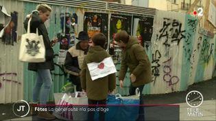 La famille Jaffray donne des vêtements aux SDF de Rennes (FRANCEINFO)
