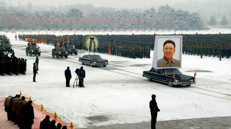 Les funérailles de Kim Jong-il, à Pyongyang (Corée du Nord), mercredi 28 décembre 2011. (KCNA / AFP PHOTO)