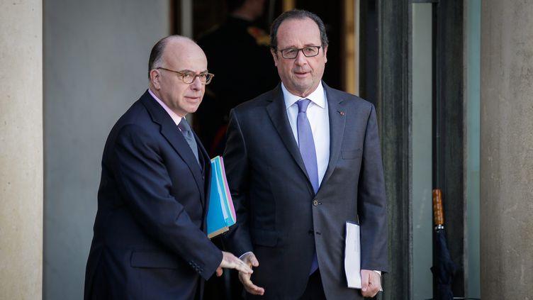 Selon un sondage Odoxa pour franceinfo publié le 9 décembre, la nomination de Bernard Cazeneuve comme Premier ministre est approuvée par plus des deux-tiers des Français (68%). (THOMAS PADILLA / MAXPPP)