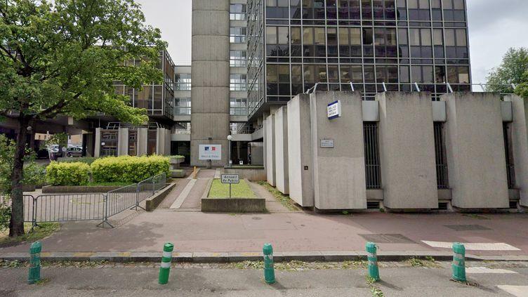 Le commissariat de Rouen (Seine-Maritime), dont plusieurs policiers sont renvoyés devant le conseil de discipline pour avoir tenu des propos racistessur un groupeWhatsApp. (GOOGLE MAPS)