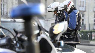 Lors d'un contrôle de police à Nantes, en décembre 2014. (MAXPPP)