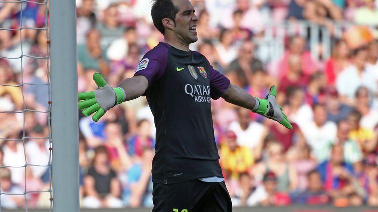 Claudio Bravo n'est plus Barcelonais. (JOAN VALLS / NURPHOTO)