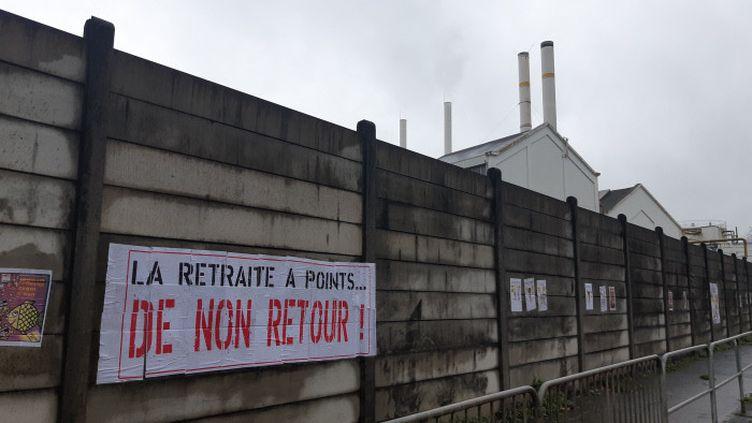 60% Français sur dix ne veulent pas que la réforme des retraites soit relancée, selon unsondage Odoxa-Backbone Consulting pour franceinfo et Le Figaro publié ce jeudi 10 juin. (ALEXANDRE  CHASSIGNON  / FRANCE-BLEU MAINE)