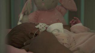 Le nombre de cas de bronchiolite,une maladie qui touche les enfants de moins de deux ans, explose. (CAPTURE D'ÉCRAN FRANCE 2)