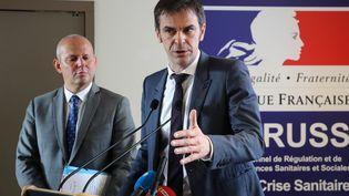 Olivier Véran, le 18 février 2020, à Paris. (LUDOVIC MARIN / AFP)
