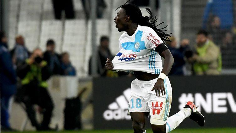 La joie de l'attaquant marseillais, Bafétimbi Gomis. (ANNE-CHRISTINE POUJOULAT / AFP)