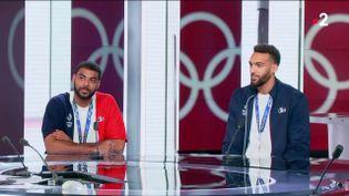 Earvin Ngapeth et Rudy Gobert sont passé sur le plateau du JT de France 2, lundi soir. (France 2)