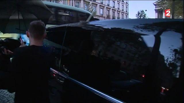 Paris : Kim Kardashian braquée