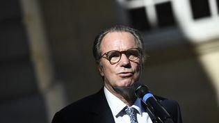 Renaud Muselier s'exprime lors d'une conférence de presse à Paris, le 30 juillet 2020. (STEPHANE DE SAKUTIN / AFP)