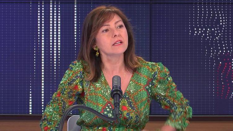 Carole Delga, présidente socialiste de la région Occitanie, le 6 juillet 2021 sur franceinfo. (FRANCEINFO / RADIO FRANCE)