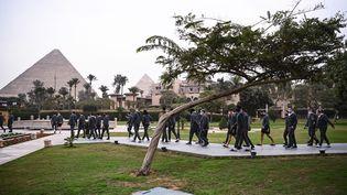 L'équipe de France de handball le 13 janvier 2021 au Caire, en Egypte, où sedispute le Championnat du monde masculin de handball (jusqu'au 31). (ANNE-CHRISTINE POUJOULAT / AFP)
