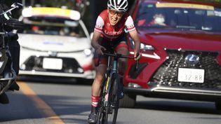 L'Autrichienne Anna Kieserenhofer partie en solitaire vers le titre olympique sur route à Tokyo, le 25 juillet 2021. (MICHAEL STEELE / AFP)