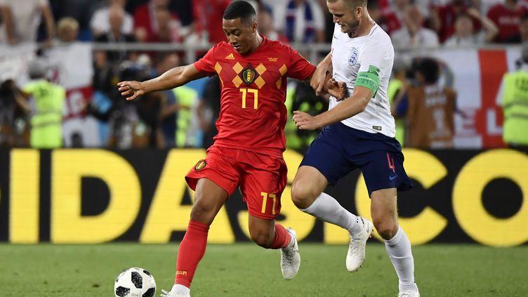Youri TielemansetEric Dier lors du match Belgique-Angleterre, à la Coupe du monde, le 28 juin 2018. (DIRK WAEM / BELGA MAG)