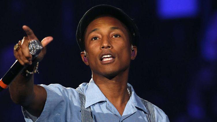 Pharrell Williams sur la scène des MTV European Music Awards, à Milan, le 25 octobre 2015  (Bruno Luca / AP / Sipa)