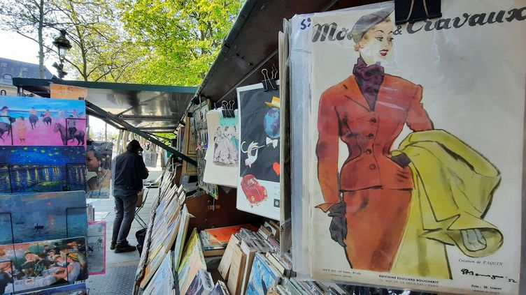 Un bouquiniste quai de Conti, à Paris. (BENJAMIN  ILLY / RADIO FRANCE)