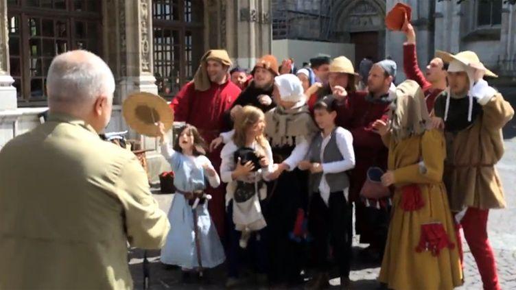 Yadegar Asisi en repérage à Rouen, fin mai 2014  (Capture image / France 3 Normandie)