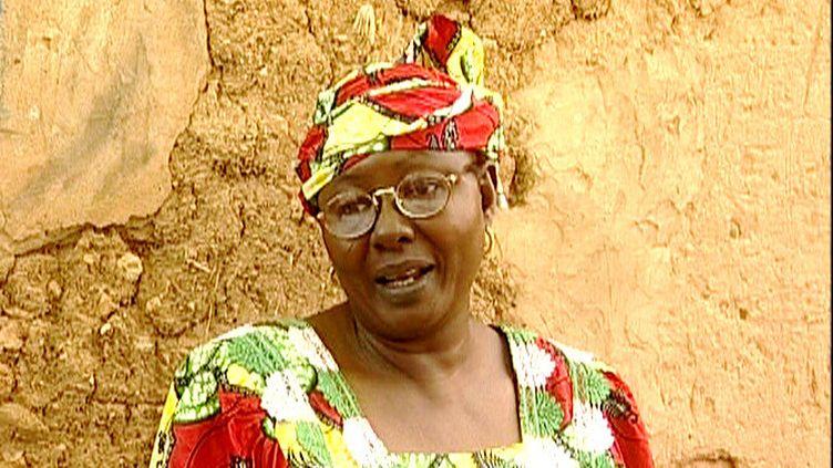 """La comédienne nigérienne Zalika Souley danslefilm """"Al'lèèssi… Une actrice africaine""""de Rahmatou Keïta. (SONRHAY EMPIRE PRODUCTIONS)"""