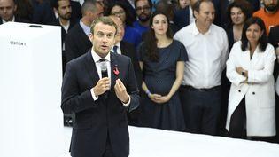 Le président de la République Emmanuel Macron s'exprime lors de l'inauguration du plus grand incubateur de start-up au monde, la station F, à Paris, le 29 juin 2017. (BERTRAND GUAY / AFP)