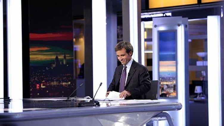 (David Pujadas présentera deux soirées spéciales dédiées à la campagne européenne. © France Télévisions - SCHOUSBOE Charlotte)