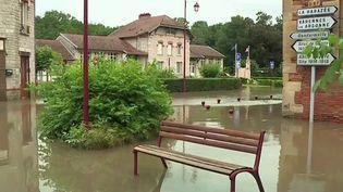 Inondations : le nord-est du pays sévèrement touché V2 (France 2)