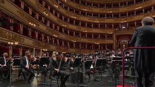 Italie : un air de liberté à Milan avec la réouverture de la Scala (France 3)