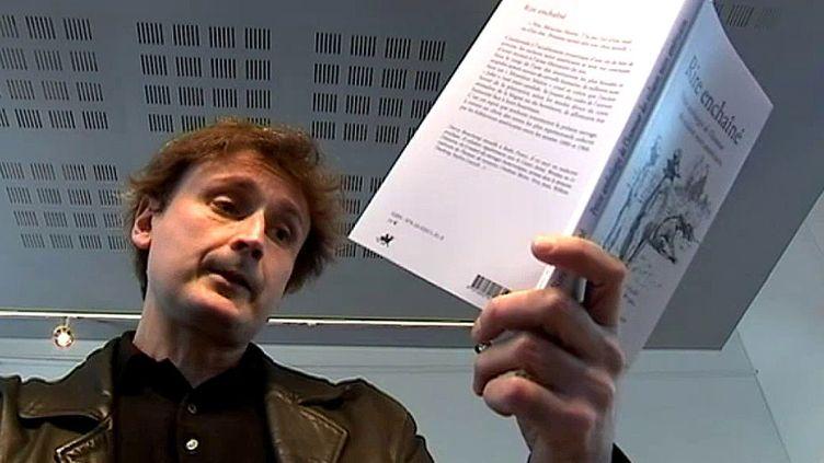 """Thierry Beauchamp auteur du livre """"Le Rire Enchaîné""""  (FranceÔ / culturebox)"""