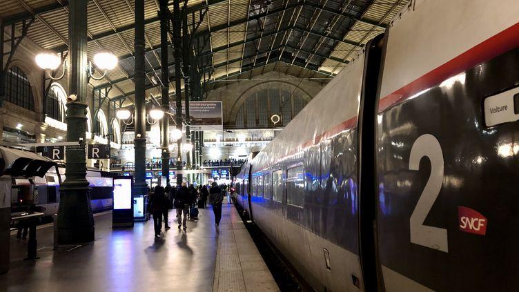 Une rame de TGV gare du Nord, à Paris (illustration). (AURÉLIEN ACCART / RADIO FRANCE)