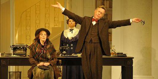 Katherine Manley (Eliza Doolittle) / Alex Jennings (Henry Higgins)  (Marie-Noëlle Robert - Théâtre du Châtelet)