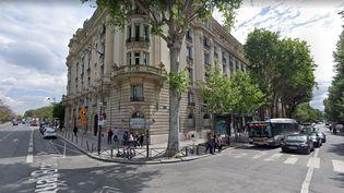 L'angle de l'avenue de Suffren et du quai Branly, à Paris, oùCédric Chouviat a été interpellé par des policiers, le 3 janvier 2020. (GOOGLE STREET VIEW)