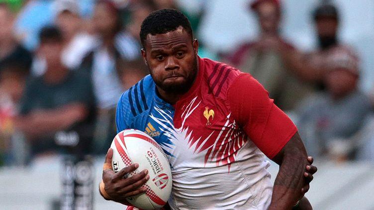 Virimi Vakatawa est le leader de l'équipe de France de rugby à VII... ses racines fijiennes n'y sont pas pour rien.