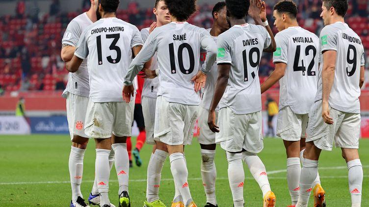 Les joueurs du Bayern Munich lors de la demi finale du Mondial des clubs face à Al-Ahly Le Caire, le 8 février 2021.  (KARIM JAAFAR / AFP)
