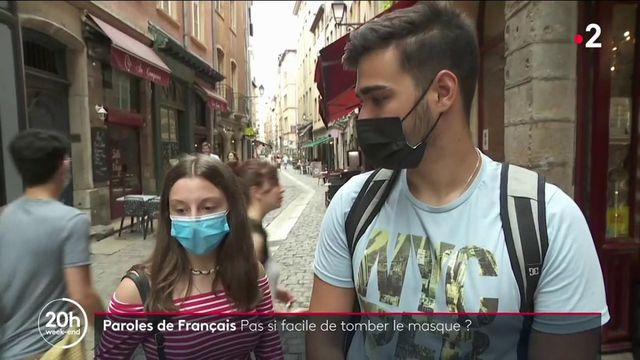Covid : les Français sont-ils vraiment prêts à tomber le masque ?