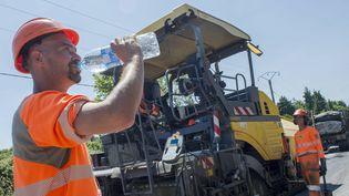 Le travail physique à l'extérieur présente des risques pour la santé à partir de28°C. (MAXPPP)